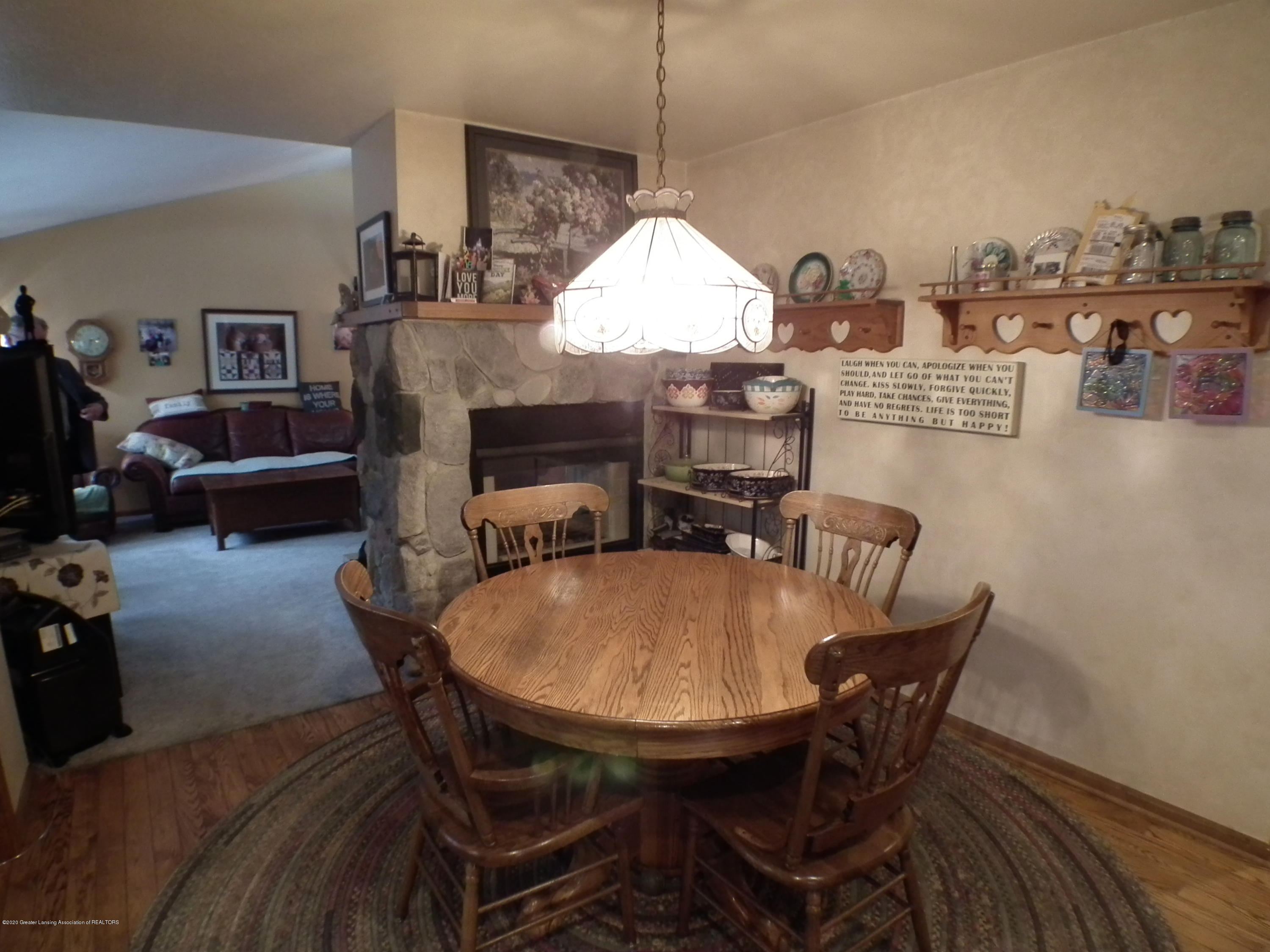 1727 S Waverly Rd - Dining room 2 - 8