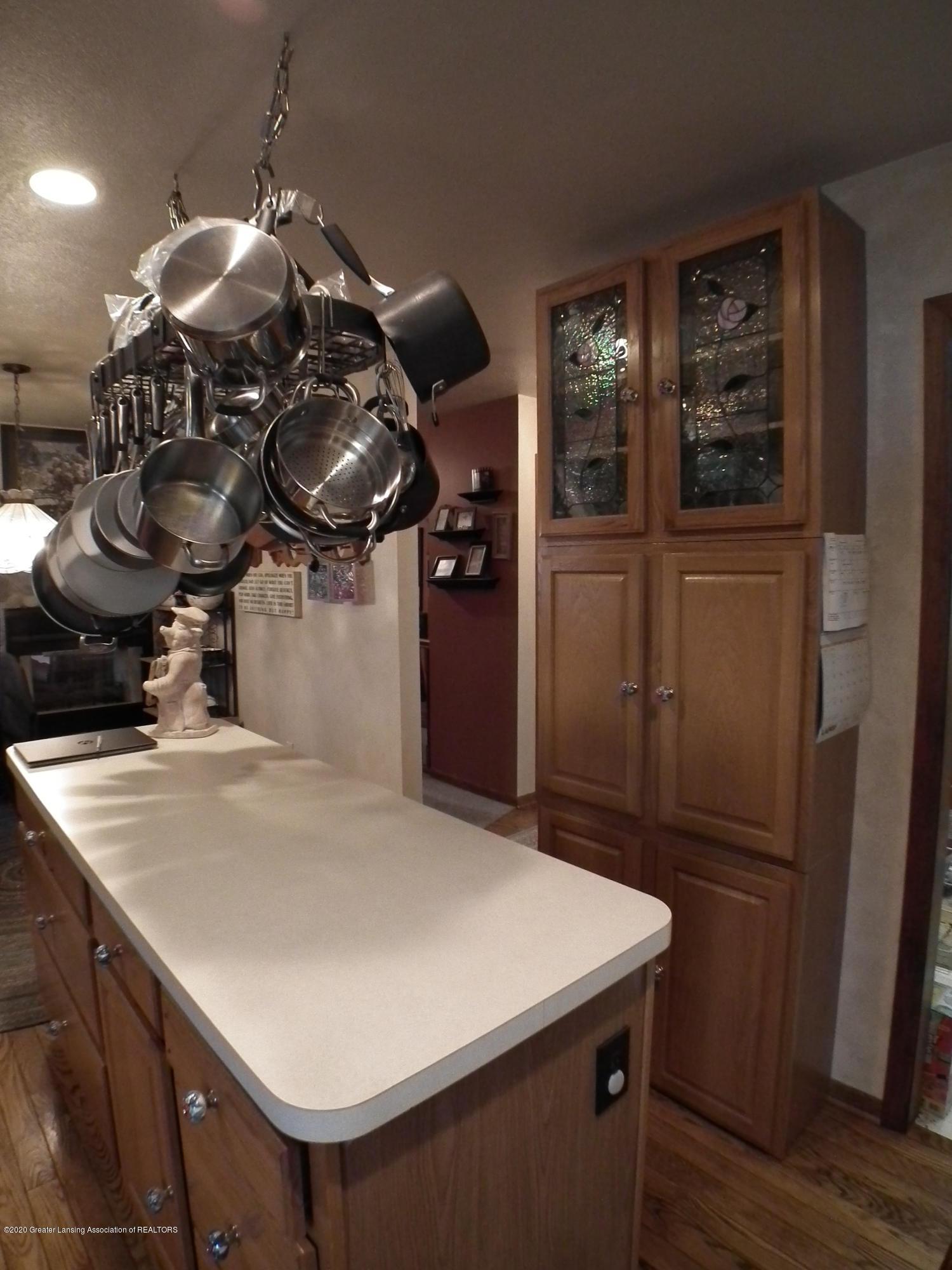 1727 S Waverly Rd - Kitchen 3 - 11
