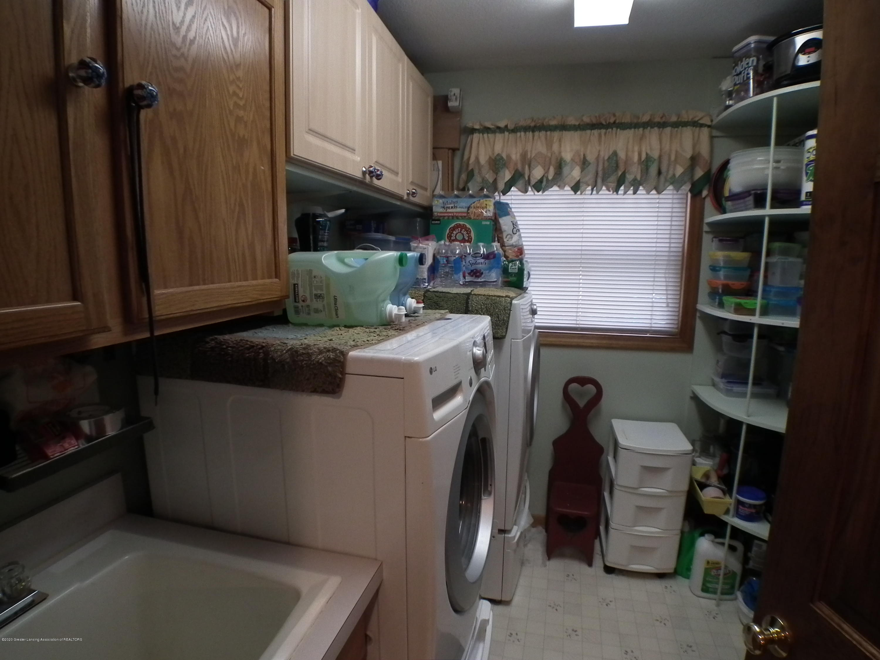 1727 S Waverly Rd - Laundry a - 15