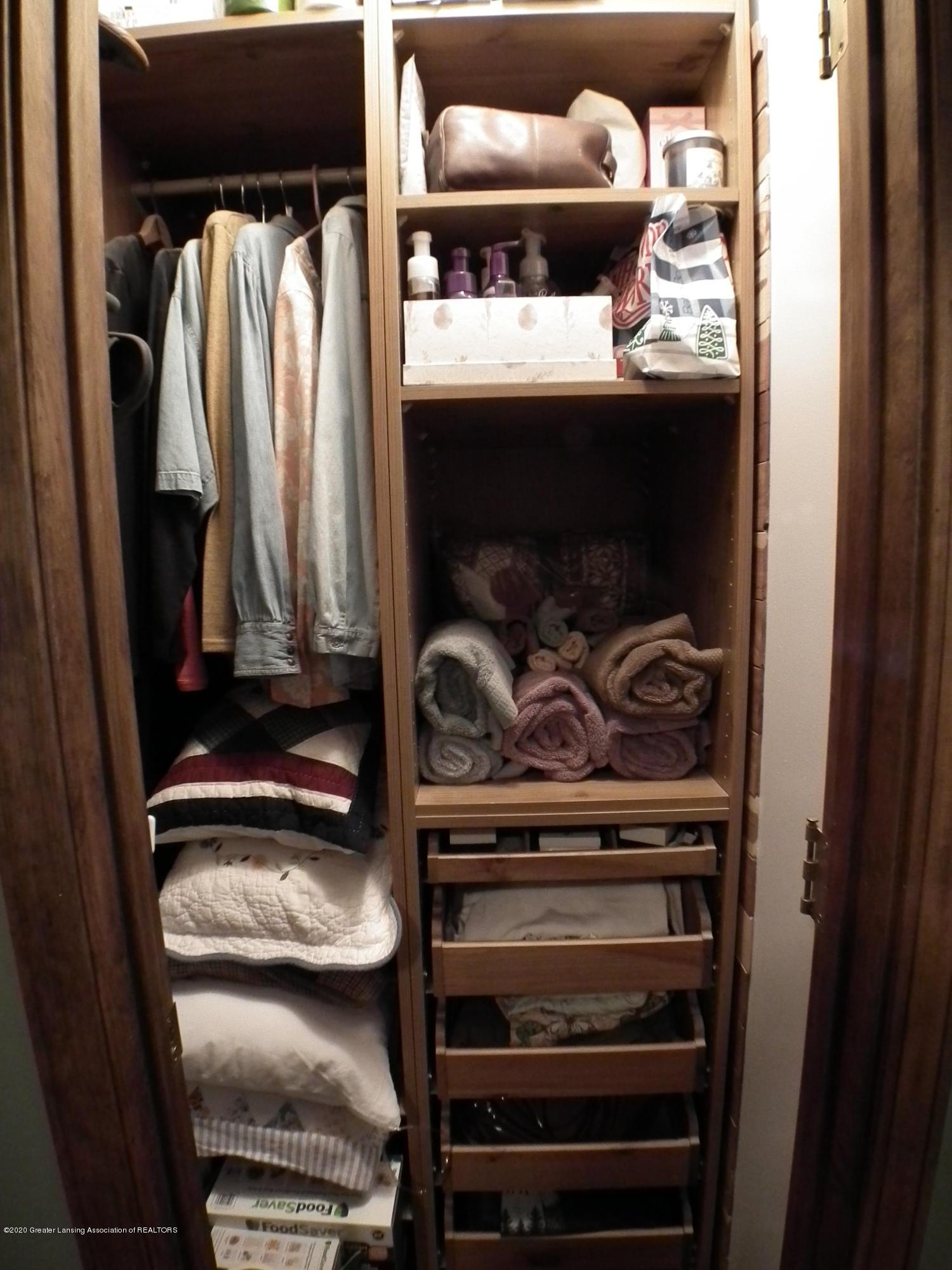 1727 S Waverly Rd - Master bedroom closet 2 - 22