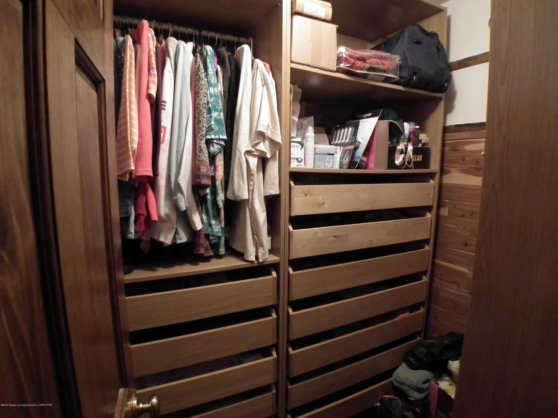 1727 S Waverly Rd - Master bedroom main closet - 21