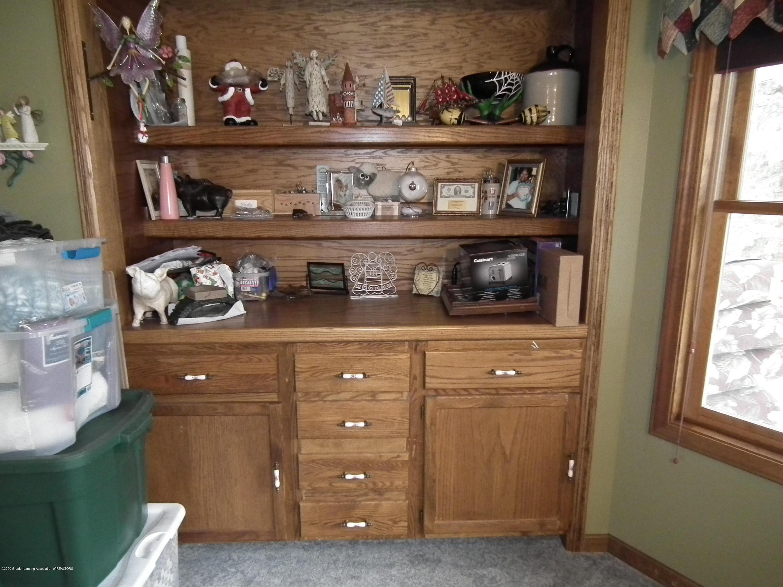 1727 S Waverly Rd - Office-Bedroom built in shelves. - 26