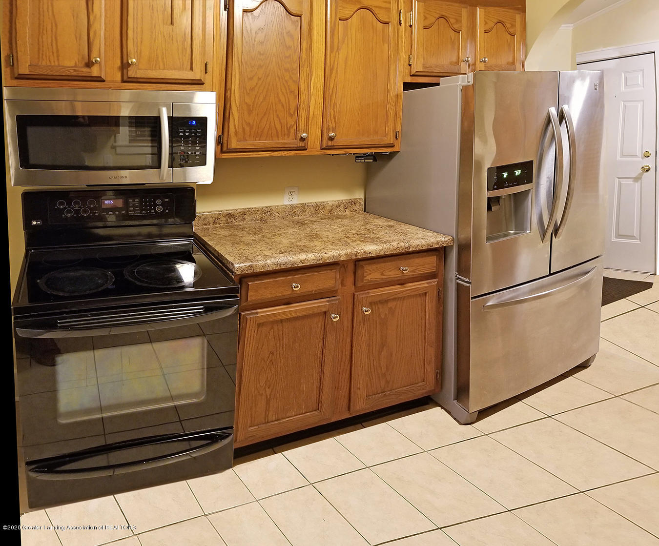 2208 Clifton Ave - Kitchen (View 2) - 10