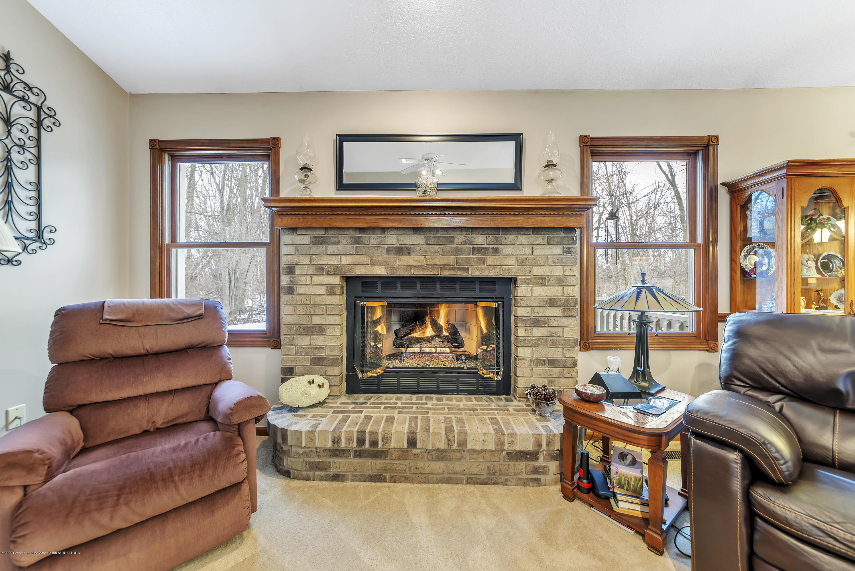 2354 Anchor Ct - Fireplace - 5