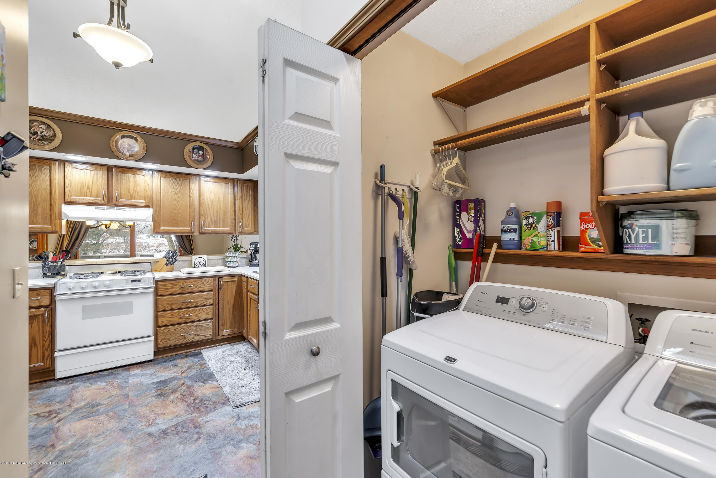 2354 Anchor Ct - 1st Floor Laundry - 13