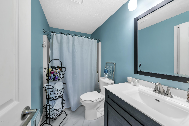 2354 Anchor Ct - Guest Bathroom - 23