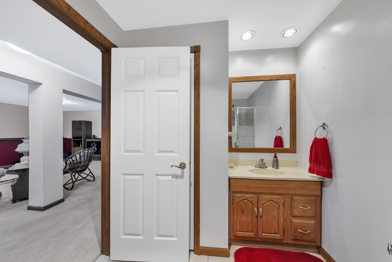 2354 Anchor Ct - Lower level full Bathroom - 29