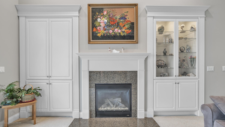 3929 Baulistrol Dr - Fireplace - 7