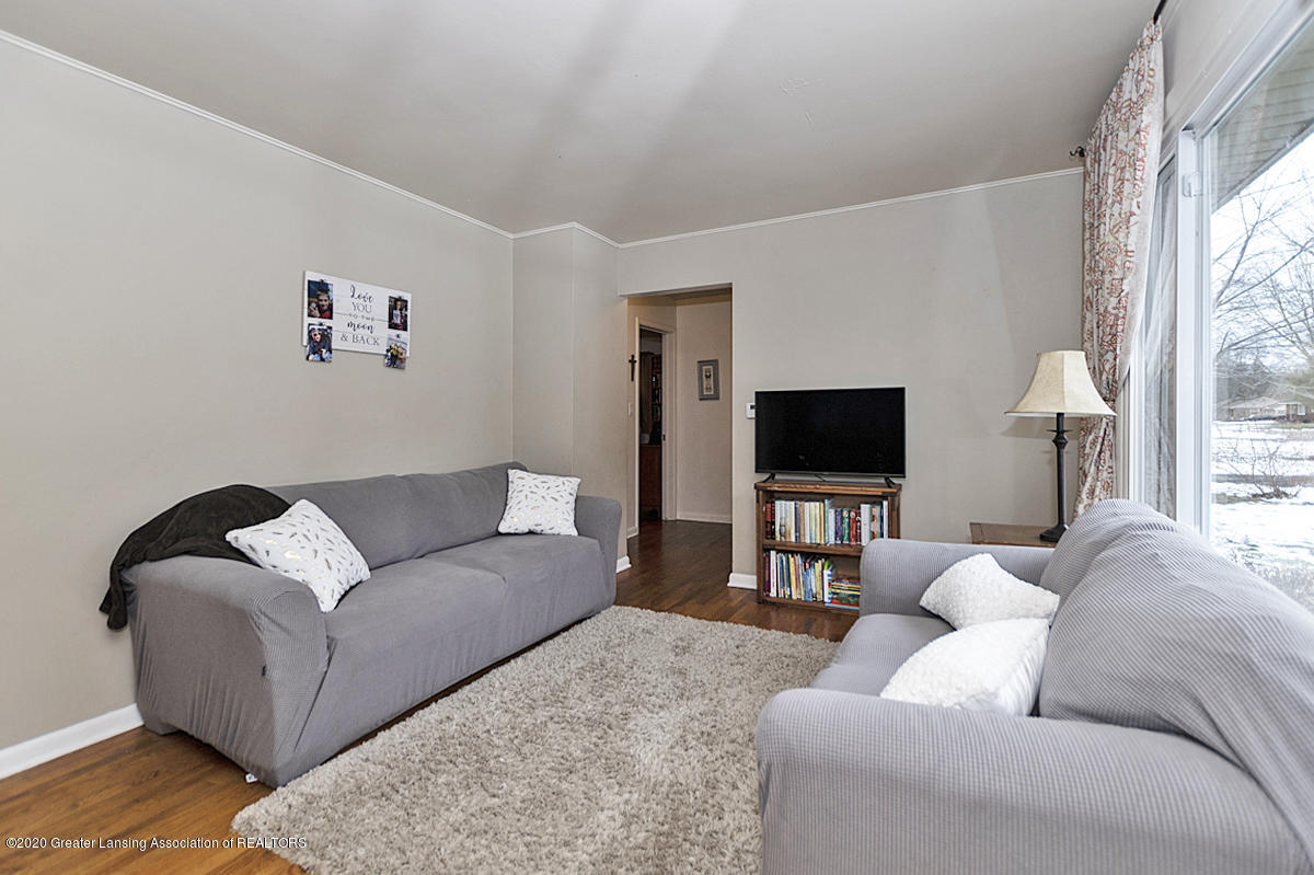 1441 Wilshire Rd - 1441 Wilshire  Living Area - 17