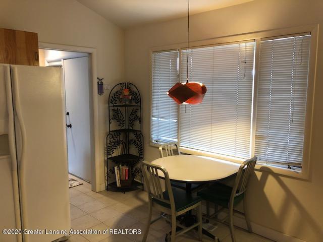 4329 Tacoma Cir - Kitchen - 11