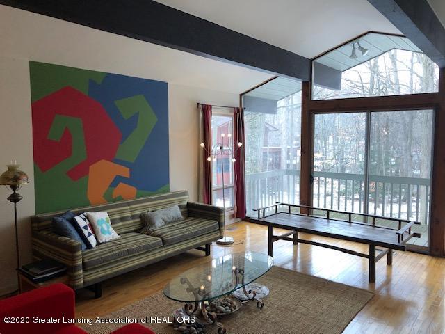 4329 Tacoma Cir - Living Room - 4