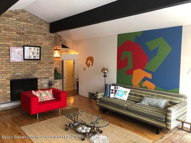 4329 Tacoma Cir - Living Room - 6