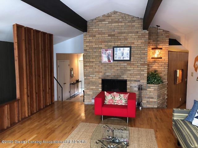 4329 Tacoma Cir - Living Room - 7