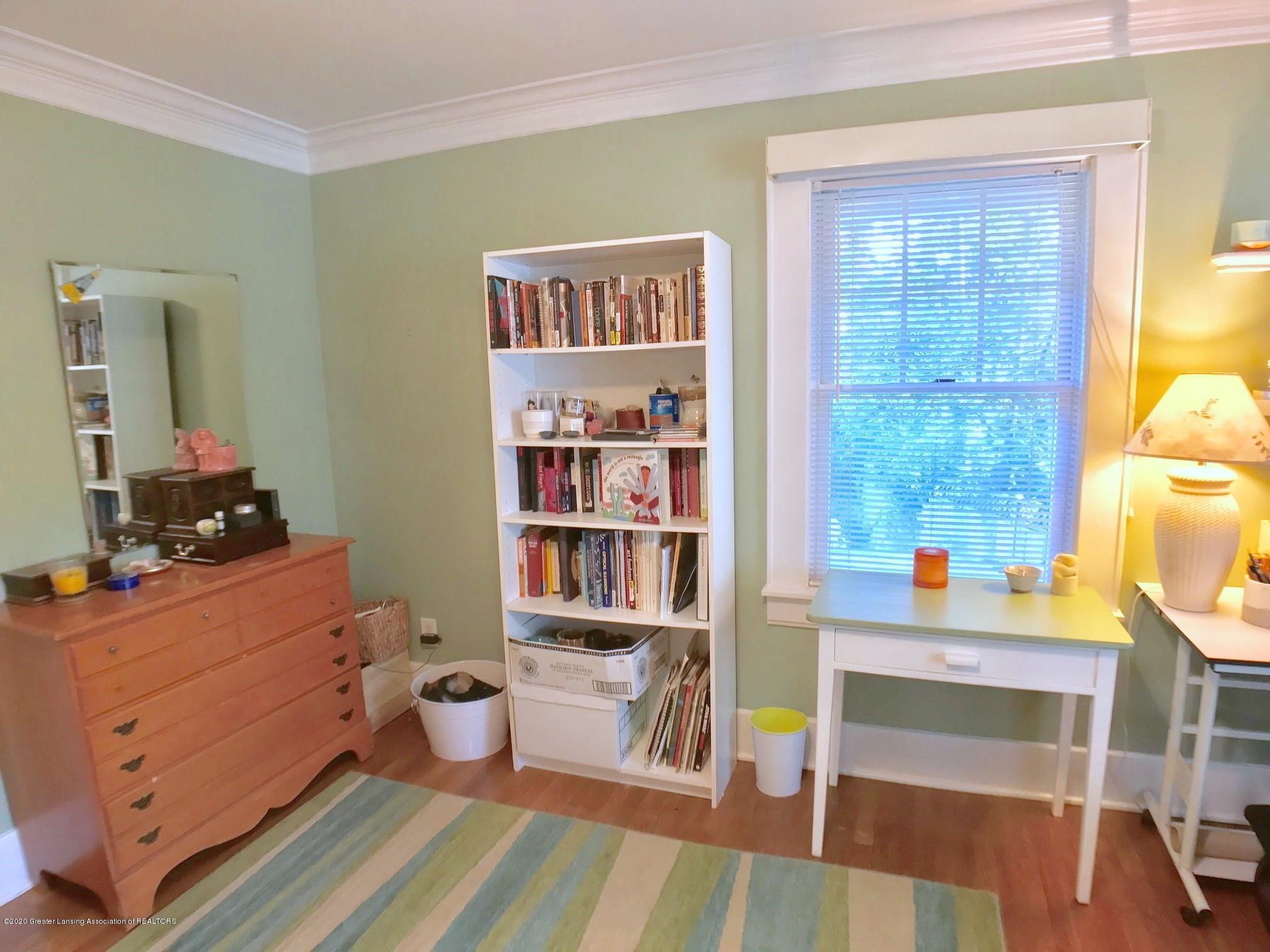 404 Clifton Blvd - Bedroom - 25