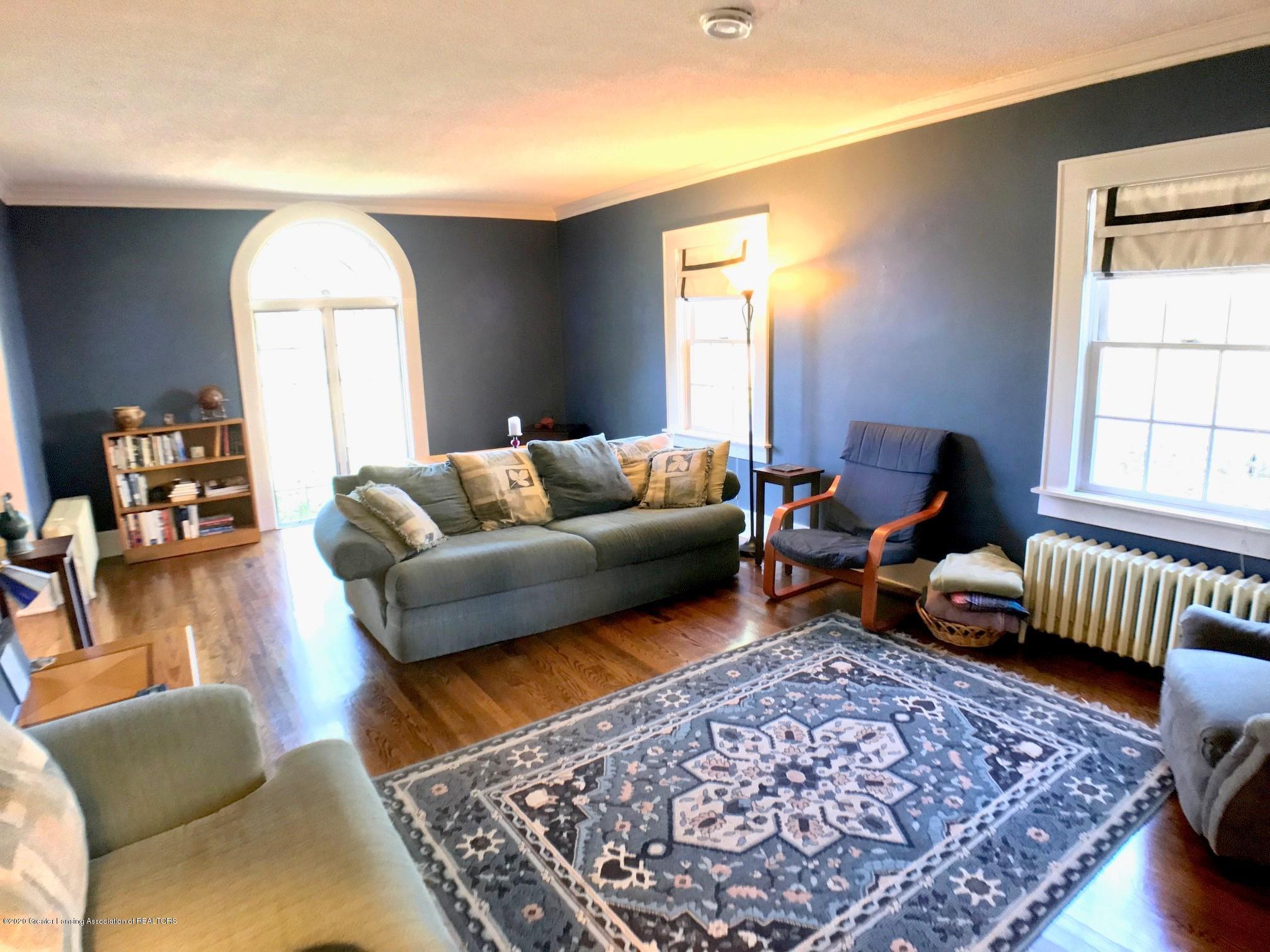 404 Clifton Blvd - Living Room - 7