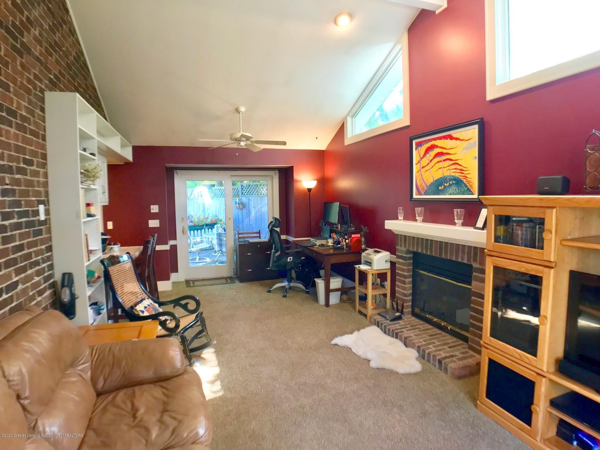 404 Clifton Blvd - Family Room - 17