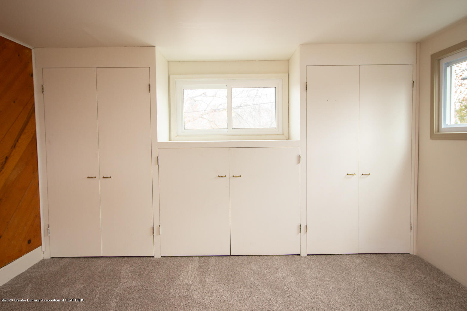 2031 Victor Ave - Master Bedroom - 21