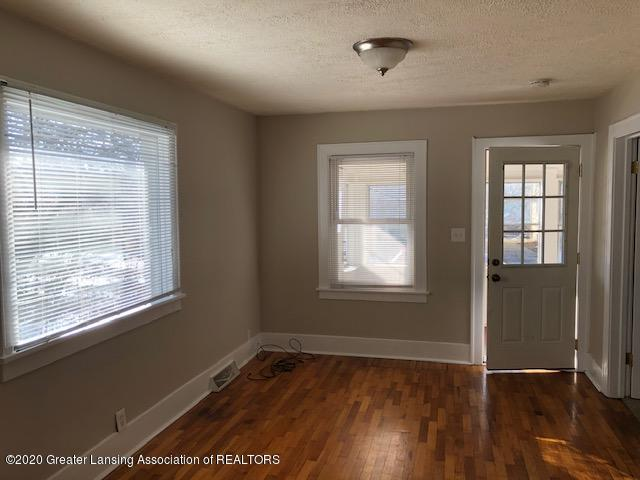 533 Florence St - Living Room - 3