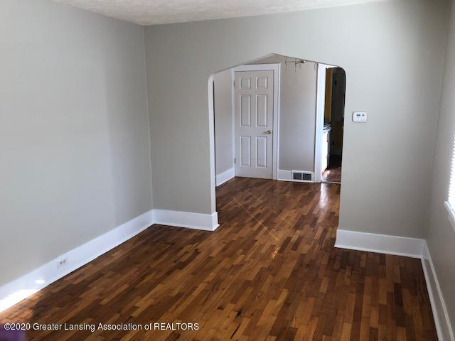 533 Florence St - Living Room - 4