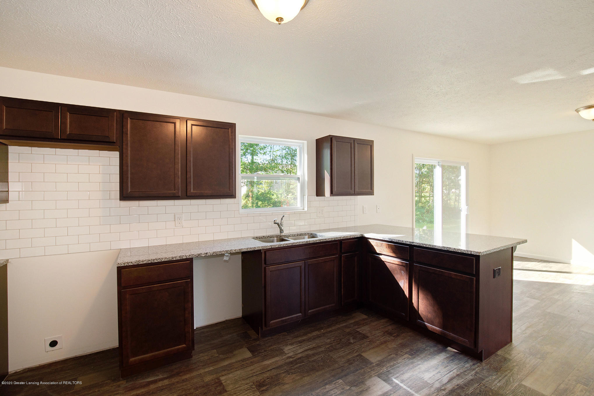 236 River Oaks Dr - OAK079-i1810-Kitchen1 - 6