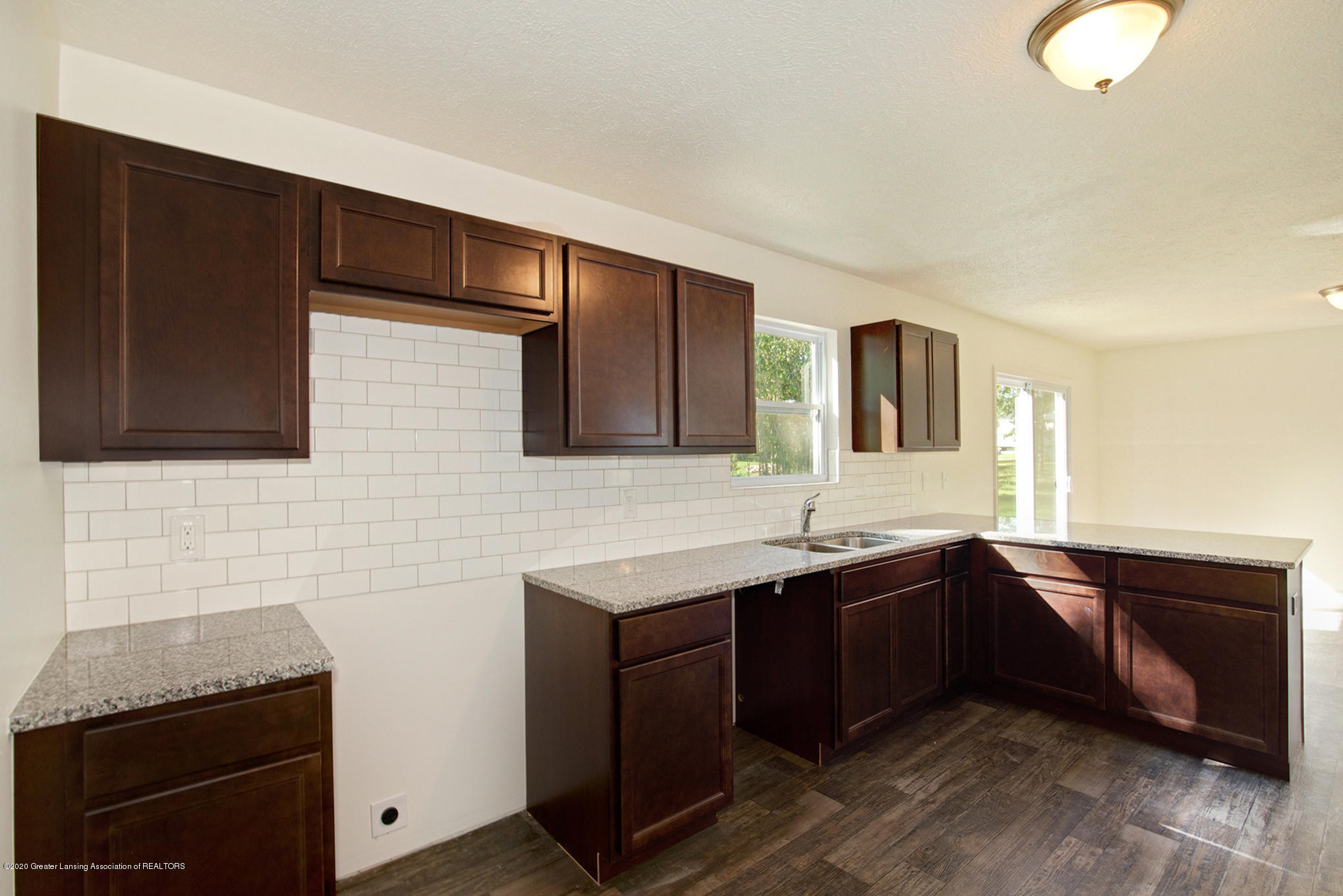 236 River Oaks Dr - OAK079-i1810-Kitchen2 - 8