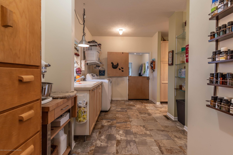8740 N Scott Rd - Laundry Room - 26