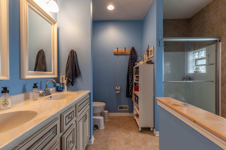 8740 N Scott Rd - Master Bathroom - 20