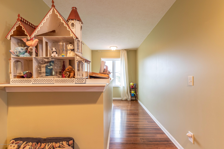 8740 N Scott Rd - Upstairs Hallway - 27