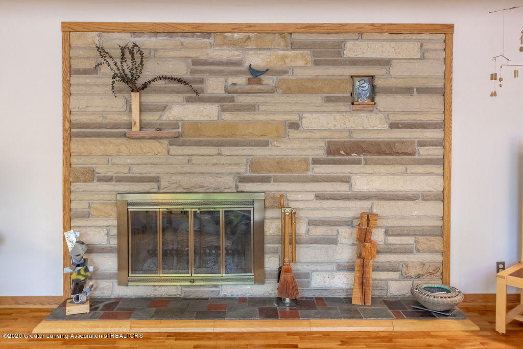 4718 Woodcraft Rd - Living room fireplace - 11