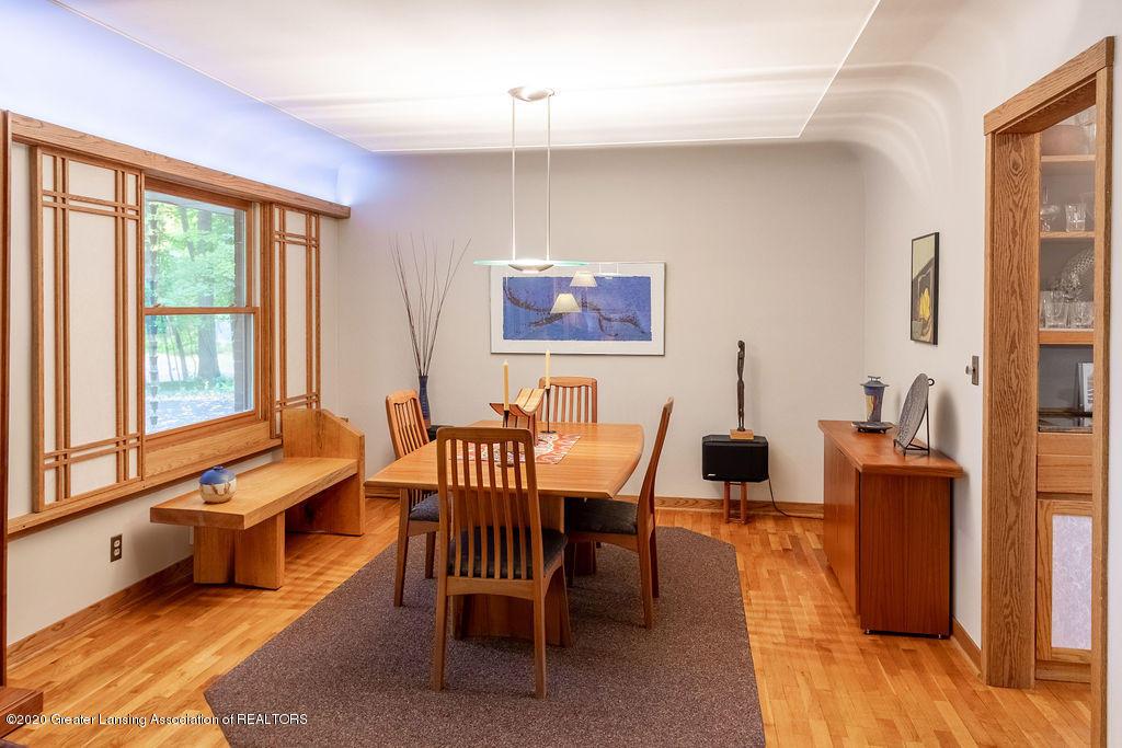 4718 Woodcraft Rd - Dining room - 12