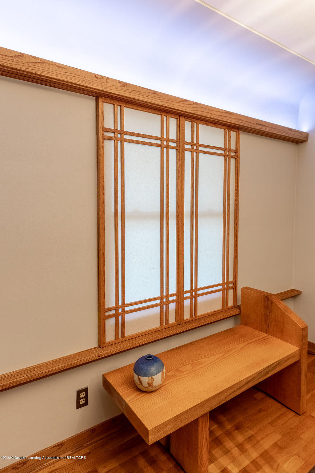 4718 Woodcraft Rd - Sohji screens on windows - 13