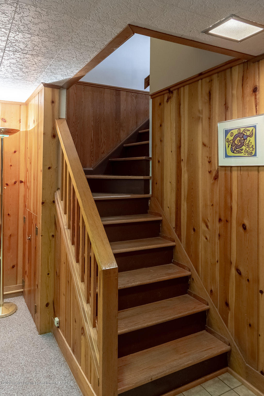 4718 Woodcraft Rd - basement stairs - 41