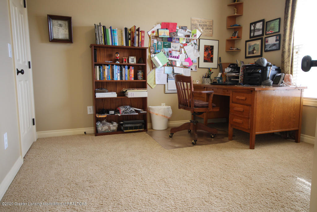 4360 Chancellor Dr - Bedroom - 20