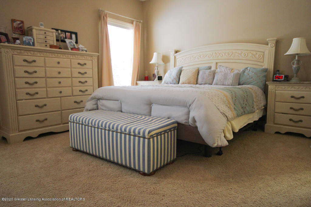 4360 Chancellor Dr - Bedroom - 16