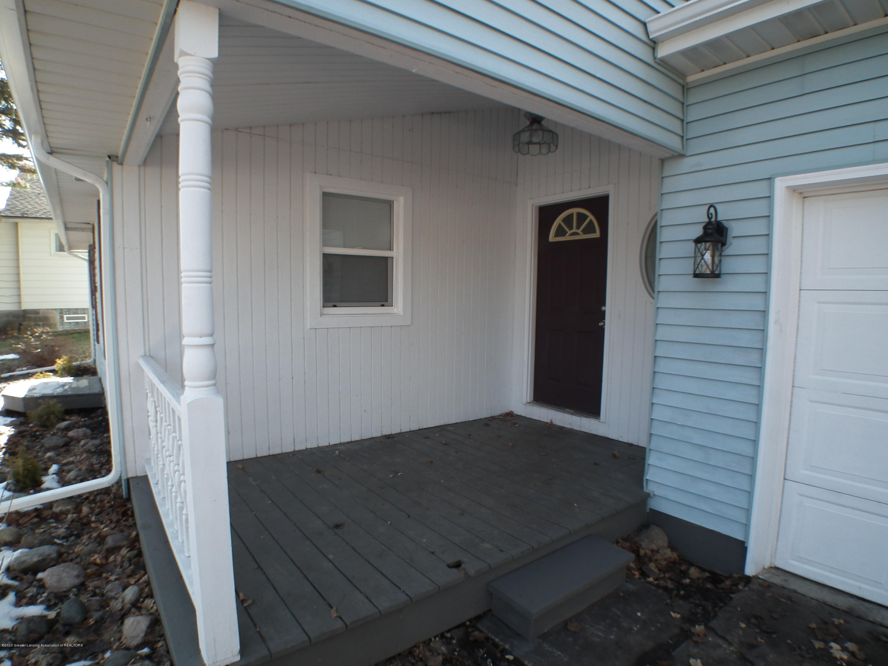 530 Stoll Rd - Front Porch - 2