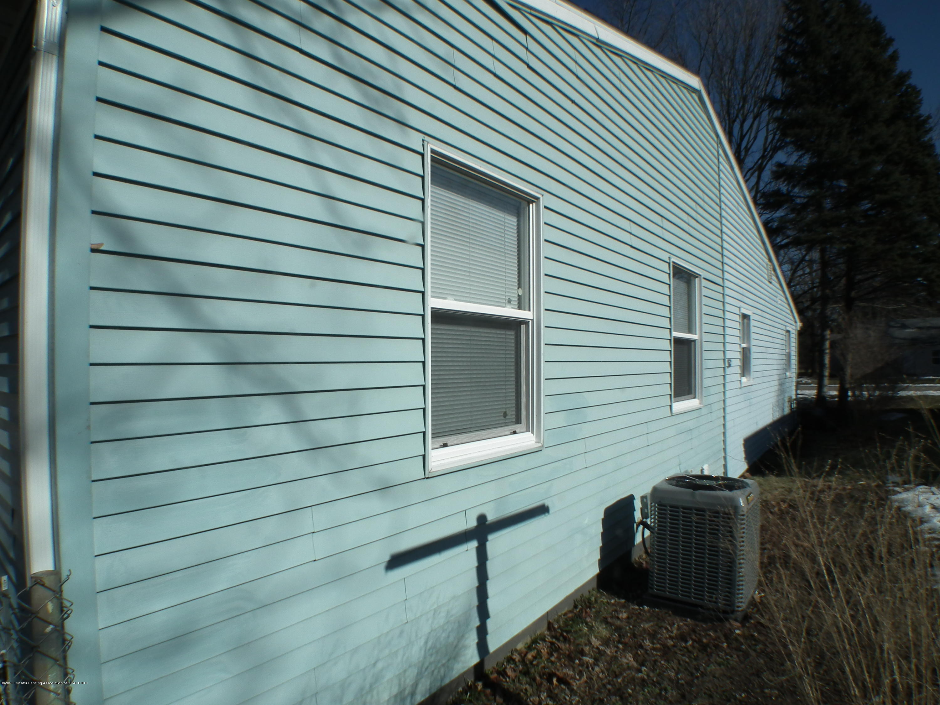 530 Stoll Rd - South elevation - 37