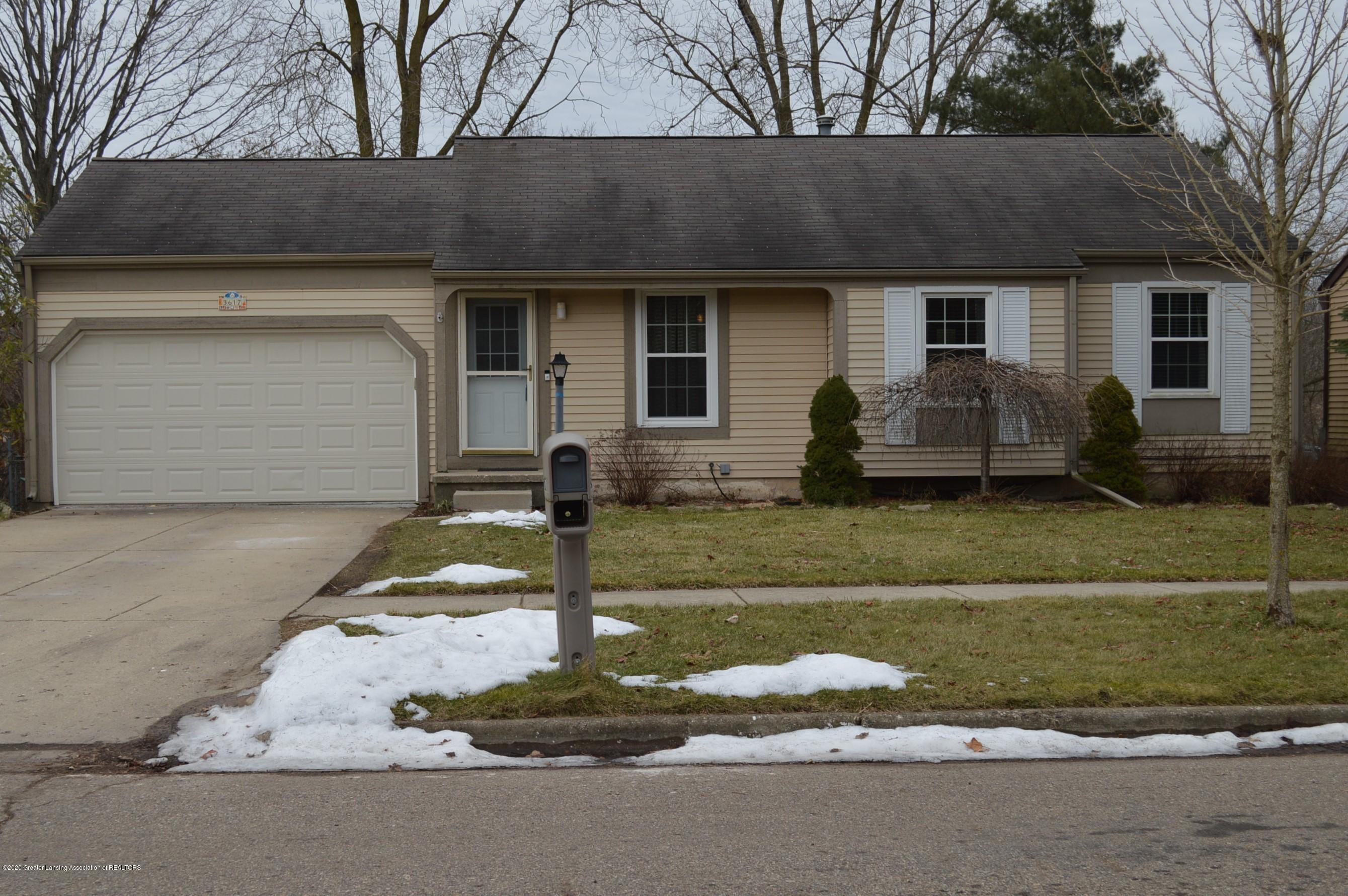 3617 Stoneleigh Dr - Front of Home - 1