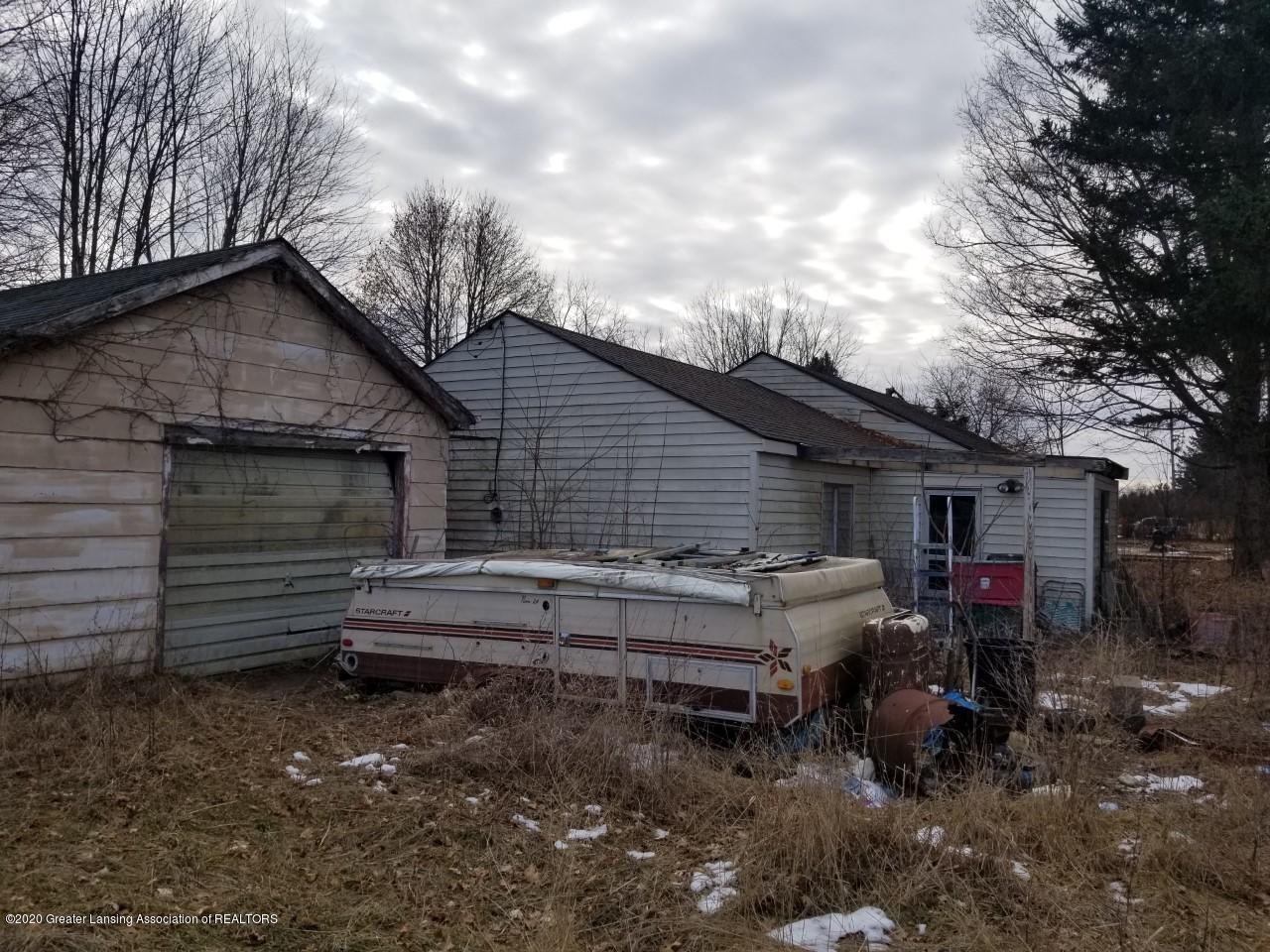 2925 S Canfield Rd - Exterior - 4