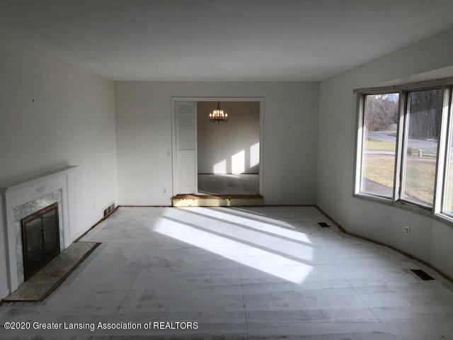 4635 Sequoia Trail - Living Room - 14