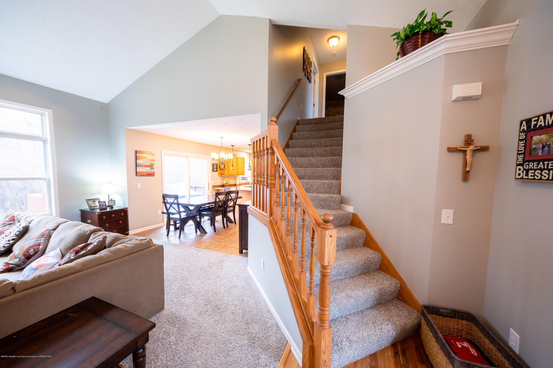 1408 Yarrow Dr - Living Room - 6