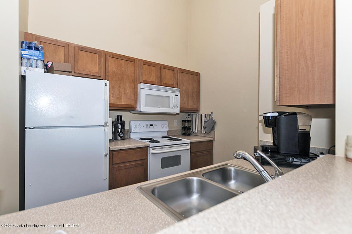 12923 Townsend Dr APT 511 - Kitchen - 8