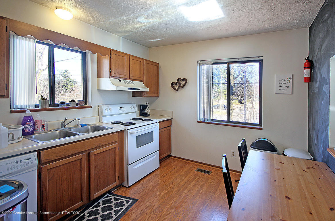 814 Sever Dr - kitchen - 5