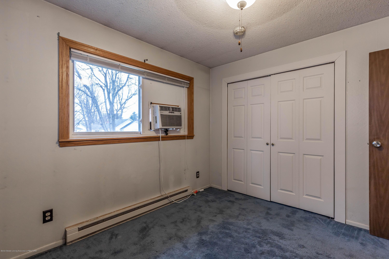 215 Oakwood St - Bedroom - 12