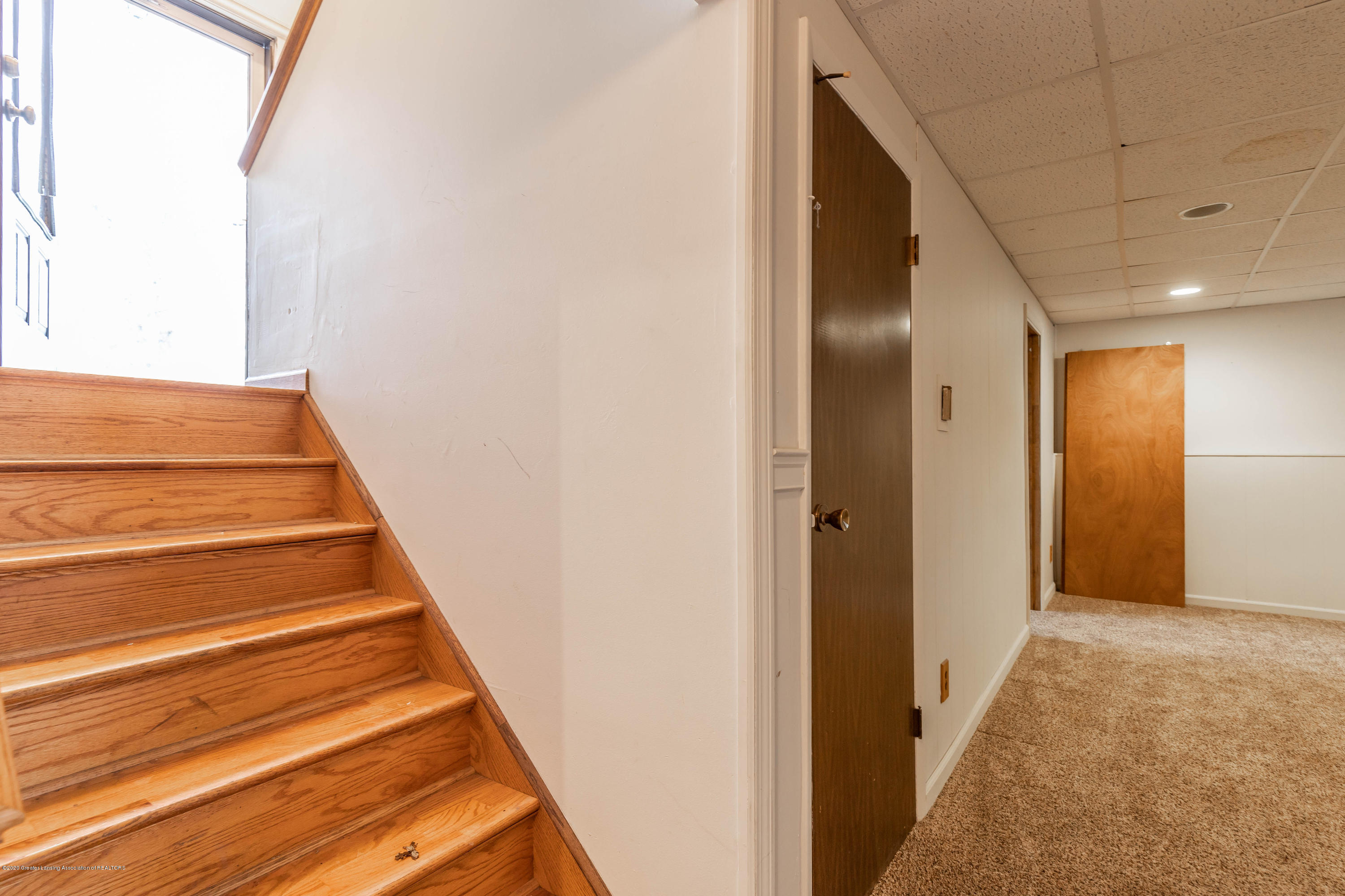 215 Oakwood St - Basement - 16