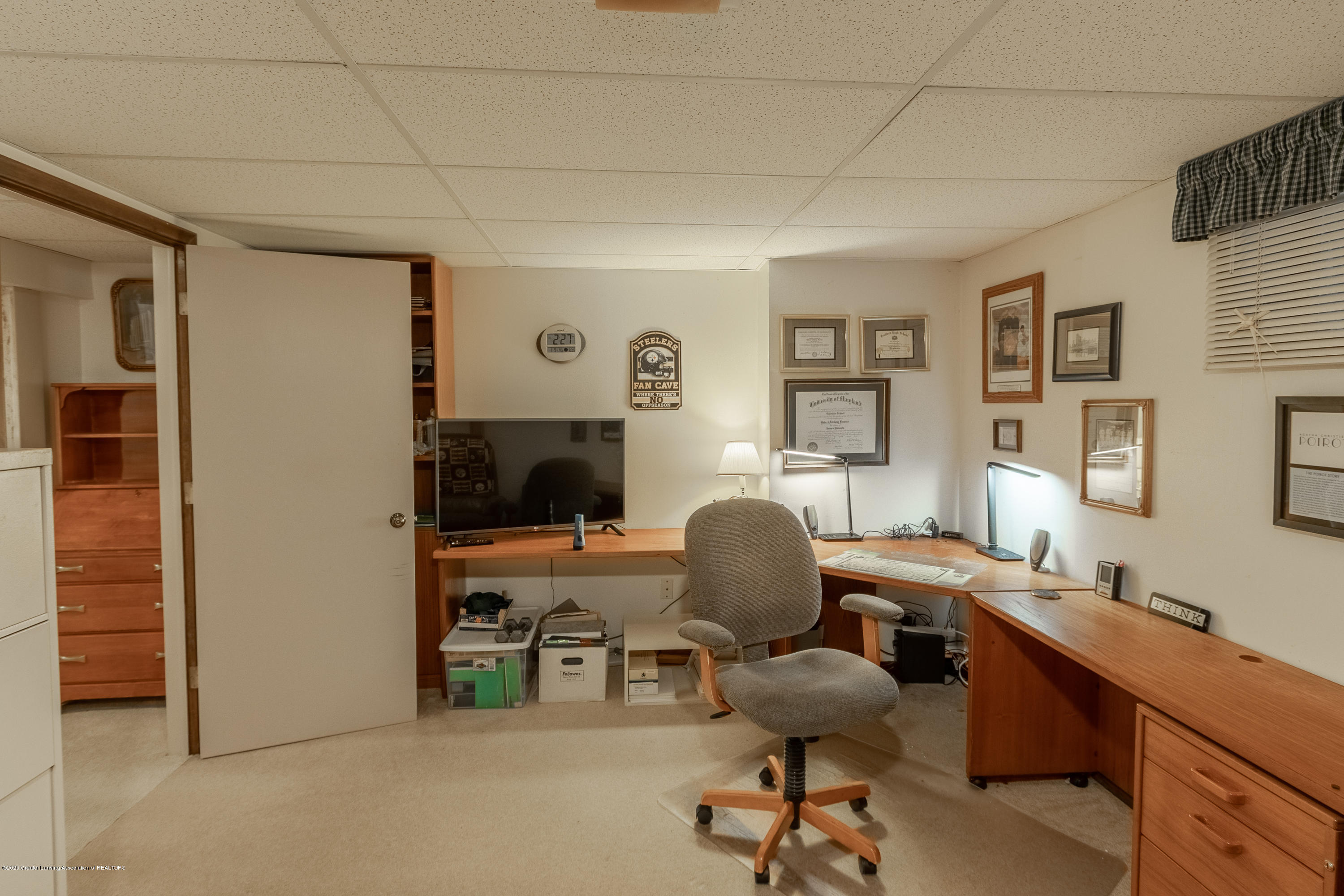 2060 Tamarack Dr - Lower Level Office - 41