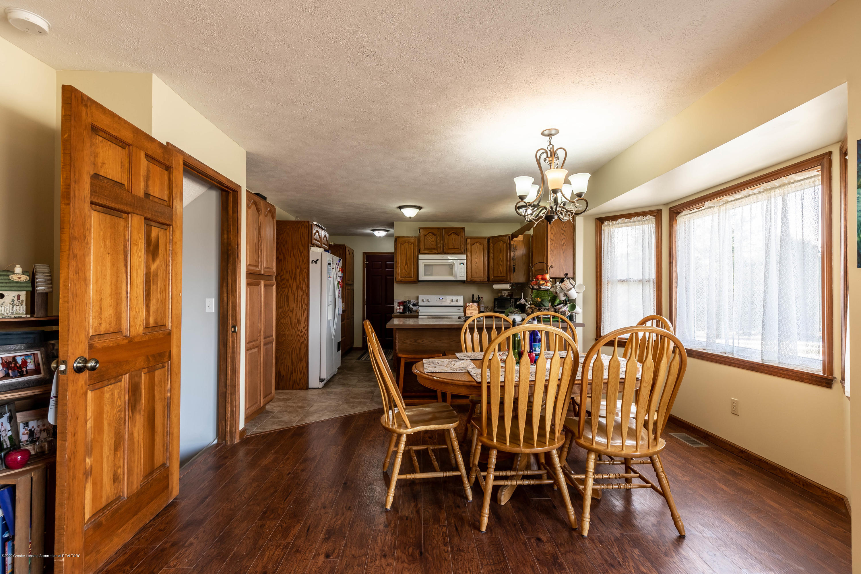 10774 S Lowell Rd - lowelldining - 10