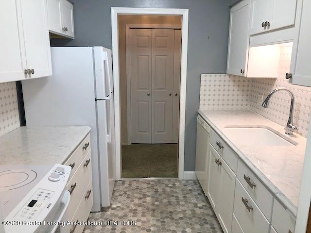 1730 Wellington Rd 2 - Kitchen - 6