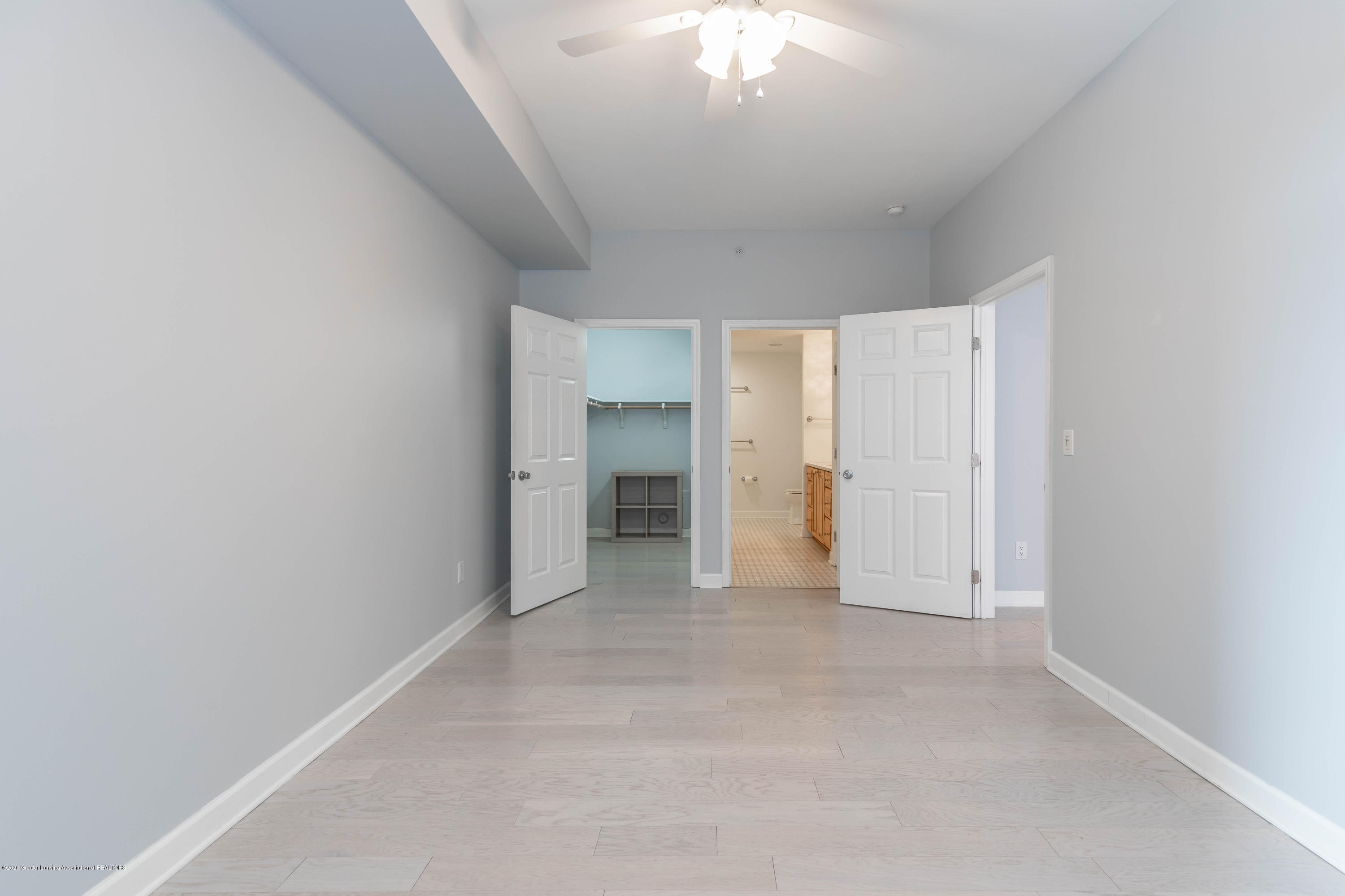 220 M. A. C. Ave Apt 313 - Master bedroom - 14