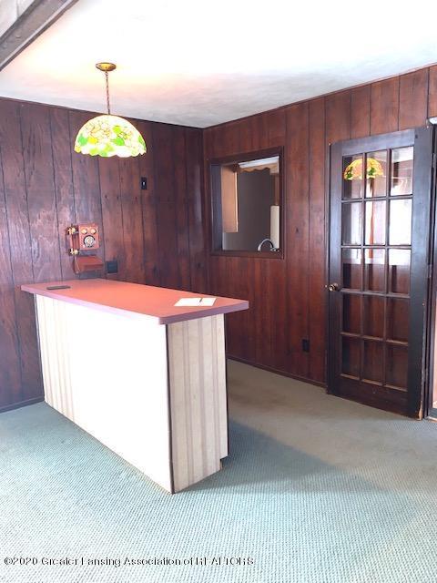 1487 S Warren Rd - Living Room - 10