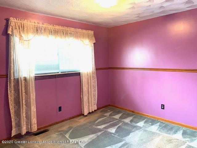 1487 S Warren Rd - Bedroom - 12